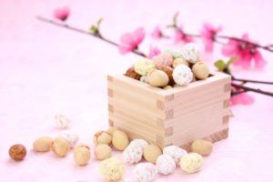 節分の豆と桃