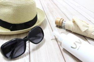 日焼け対策 UVカットクリーム 帽子 サングラス