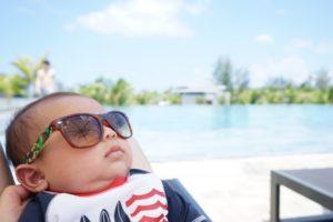 赤ちゃん 日光 防ぐ cut